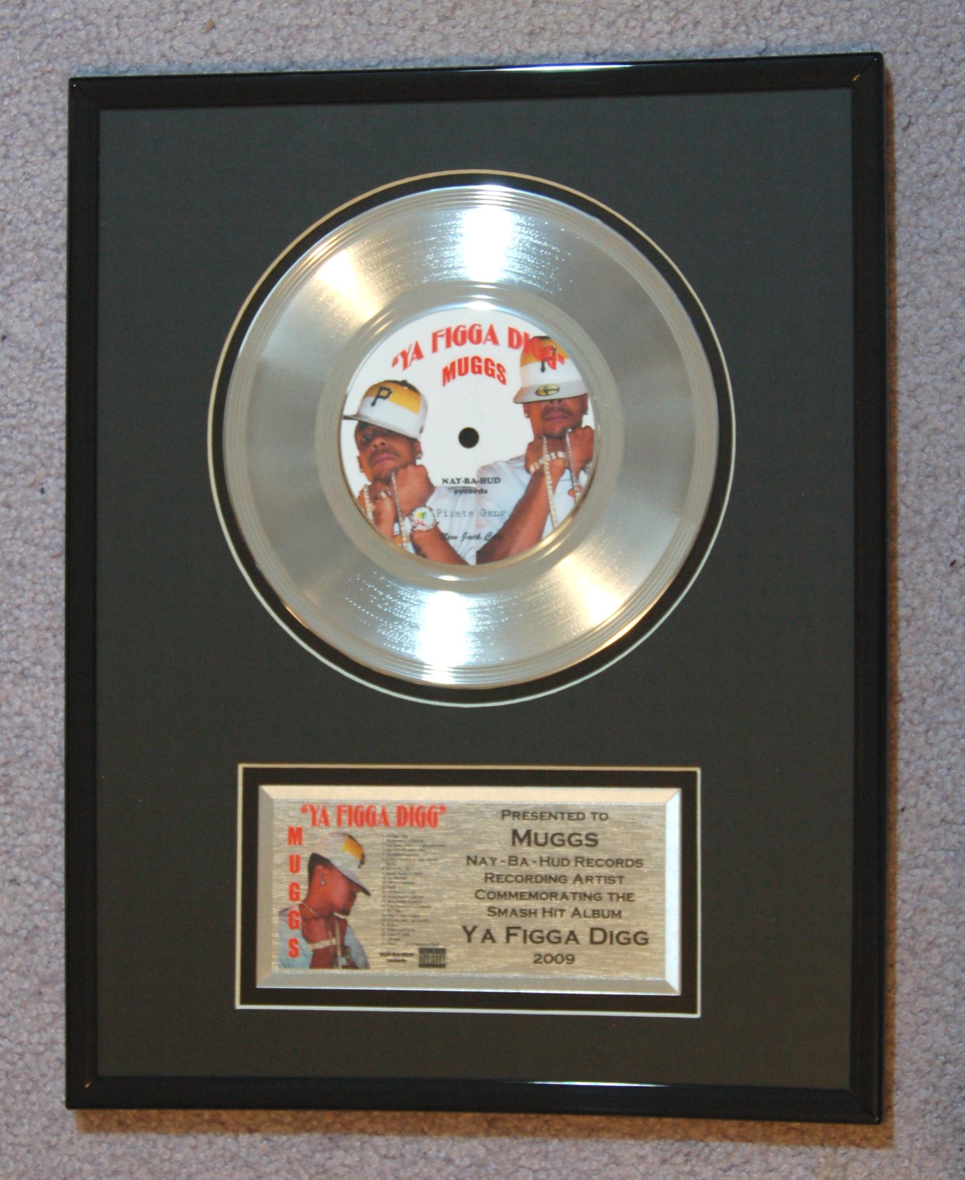 Gold Records Custom Made: Manufacturer of Commemorative Awards